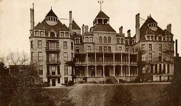 haunted hotels