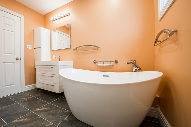 Simple Orange Bathroom Designs