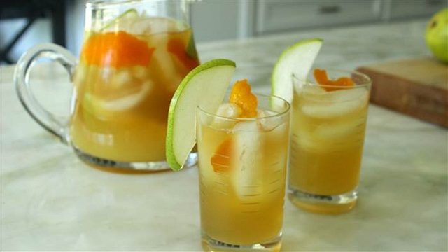 Sparkling Pear Punch